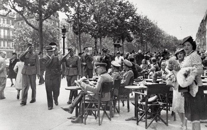 paris occupation 2 Как продавали отобранные у евреев вещи и другие шокирующие факты времен нацистской оккупации Франции