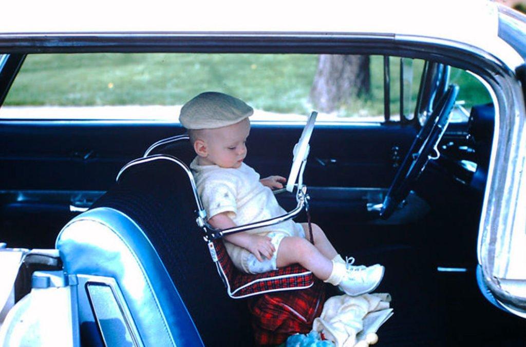 baby in the car Настоящая жизнь в США 1950-х годов
