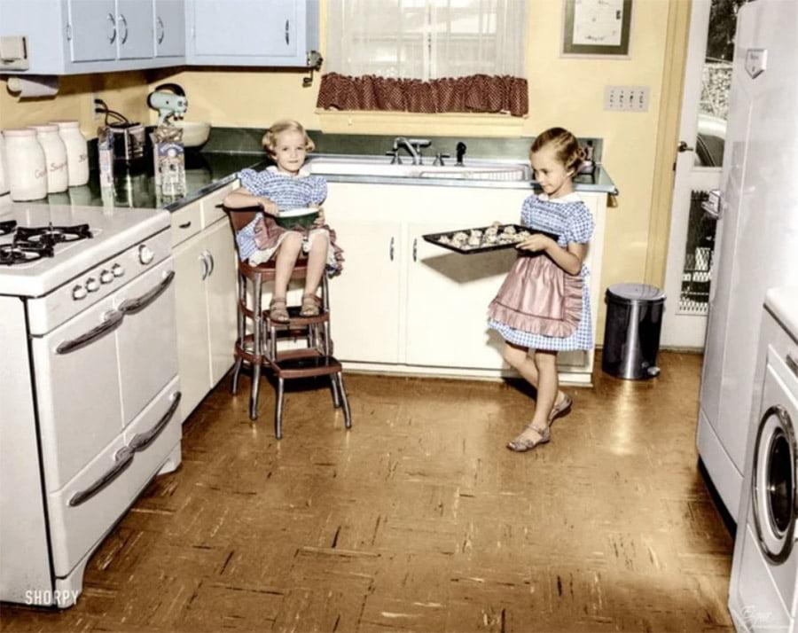 kitten Настоящая жизнь в США 1950-х годов