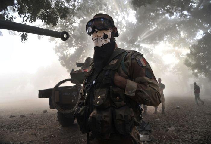 legioner v maske Имя им — Иностранный легион: правда и вымыслы про Légion étrangère