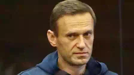 Алексей Навальный: «Бесит! Такая беспомощность и покорность, что можно подумать, это вы в тюрьме, а не я»