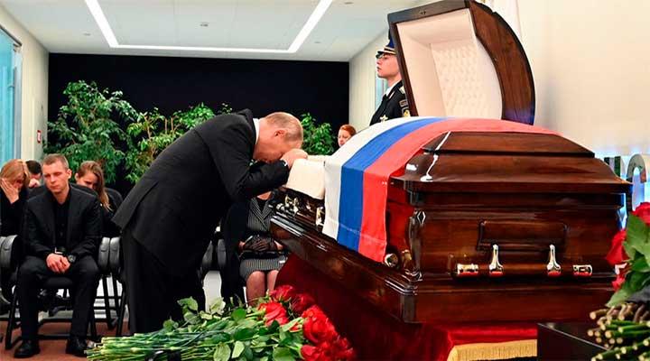 Кровавая драчка в Кремле на фоне слабеющего пахана